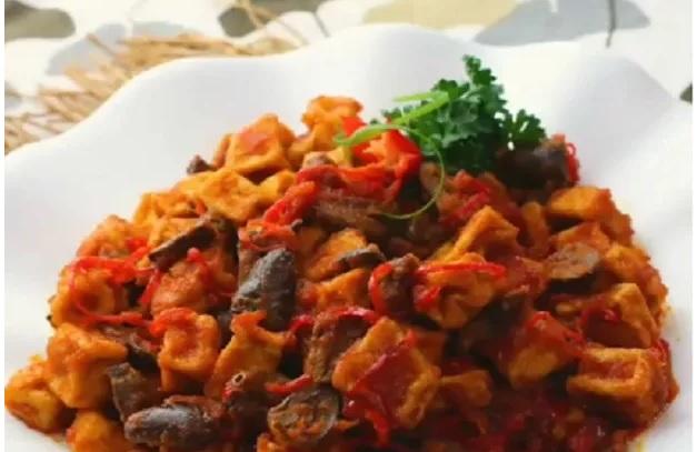 https: img.okezone.com content 2019 04 01 298 2037670 praktis-untuk-makan-siang-bikin-sambal-goreng-tahu-jantung-ayam-XG3v3ejsmp.jpg