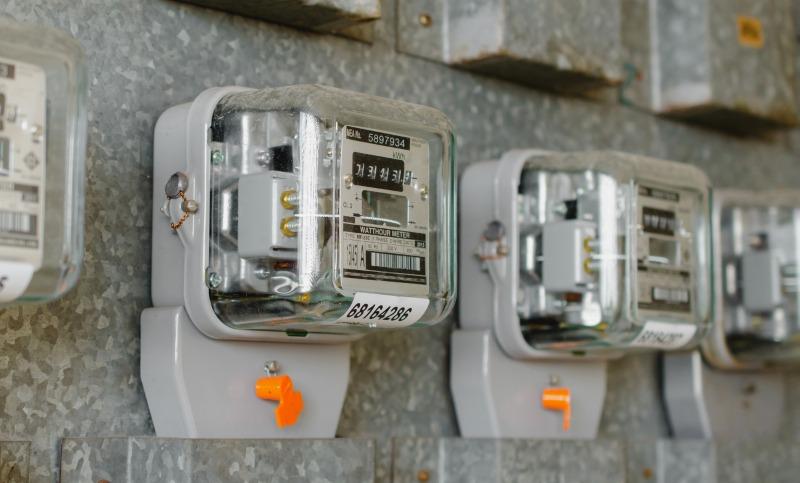 https: img.okezone.com content 2019 04 01 320 2037941 infrastruktur-jadi-kendala-penuhi-target-elektrifikasi-99-9-lIszFP6KEp.jpg