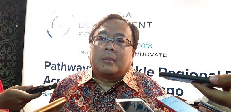 https: img.okezone.com content 2019 04 01 320 2037957 menteri-bambang-soroti-penggunaan-dana-alokasi-khusus-EiRvxZ2pqq.jpg