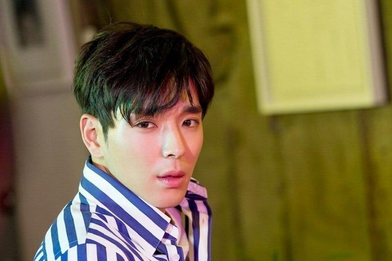 https: img.okezone.com content 2019 04 01 33 2037790 setelah-perkara-suap-choi-jong-hoon-dijerat-kasus-video-porno-YO5TEFZsWp.jpeg