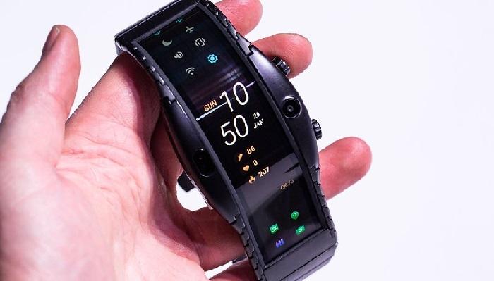 https: img.okezone.com content 2019 04 01 57 2037880 smartwatch-nubia-alpha-bisa-tangkap-foto-dan-telefon-mirip-ponsel-RtOZdANjUe.jpg
