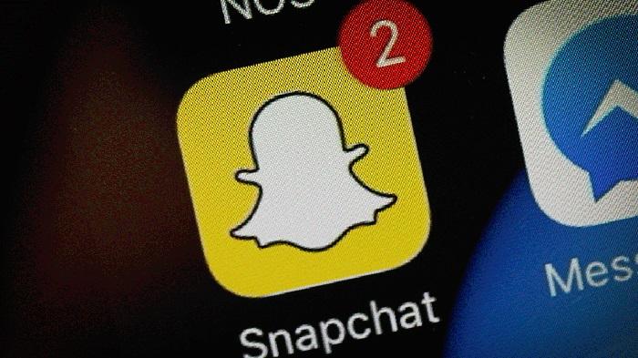 https: img.okezone.com content 2019 04 05 207 2039416 update-snapchat-hadirkan-snap-game-hingga-peningkatan-kamera-9fx8un5m0v.jpg