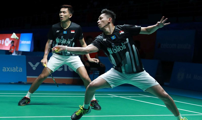 https: img.okezone.com content 2019 04 06 40 2039990 fajar-rian-kewalahan-atasi-tekanan-wakil-jepang-di-semifinal-malaysia-open-2019-X5hAlenoWj.jpg