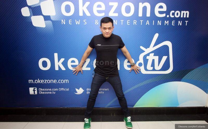https: img.okezone.com content 2019 04 08 205 2040719 kolaborasi-dengan-penyanyi-muda-fans-hedi-yunus-semakin-meluas-kyW8kLp1wI.jpg