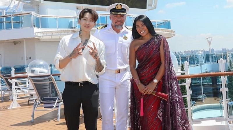 https: img.okezone.com content 2019 04 09 598 2041284 princess-cruises-sambut-anggun-dan-jay-park-jelang-final-asia-s-got-talent-YQVk4bEzh9.jpeg