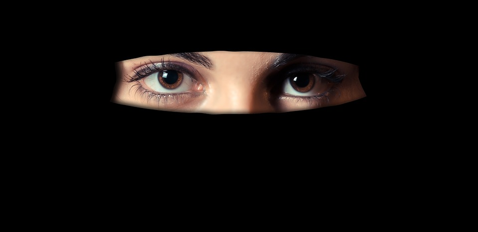 Tips Pilih Niqab yang Nyaman dan Anti Panas Dipakai Hijabers