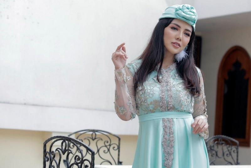 https: img.okezone.com content 2019 04 13 33 2043154 bella-shofie-nilai-barbie-nouva-cari-sensasi-W6dqWbnkDb.jpeg