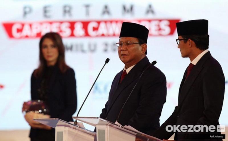 https: img.okezone.com content 2019 04 13 605 2042964 prabowo-sandi-siap-jelaskan-langkah-perbaikan-ekonomi-indonesia-di-debat-kelima-RrCjalyB7H.jpg