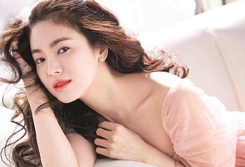 https: img.okezone.com content 2019 04 15 194 2043933 kosmetik-korea-makin-digandrungi-manfaat-bikin-glowing-paling-diincar-tgengLdQqi.jpg