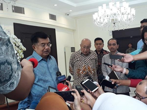 https: img.okezone.com content 2019 04 15 605 2043879 bantah-prabowo-jk-indonesia-tidak-alami-deindustrialisasi-iOfp30LpxC.jpg