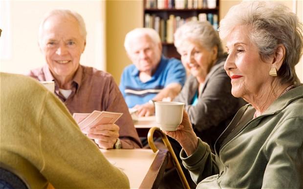 https: img.okezone.com content 2019 04 20 481 2045747 kenapa-mayoritas-wanita-lebih-panjang-umur-ketimbang-pria-ini-alasan-ilmiahnya-qe13d6ETRV.jpg