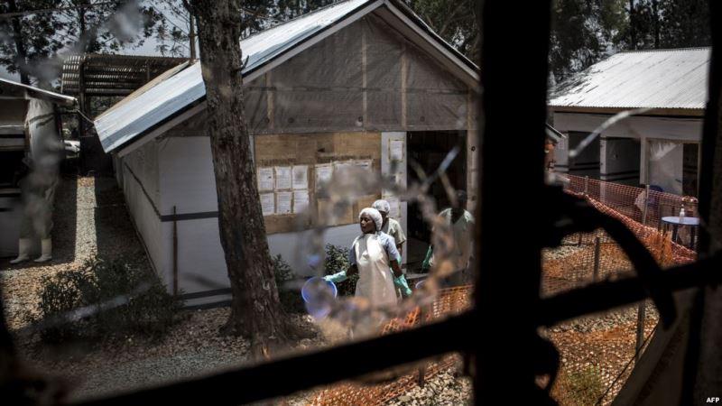 https: img.okezone.com content 2019 04 21 18 2046047 pemberontak-bersenjata-kembali-serang-rumah-sakit-ebola-di-kongo-3s3OFMnls3.jpg
