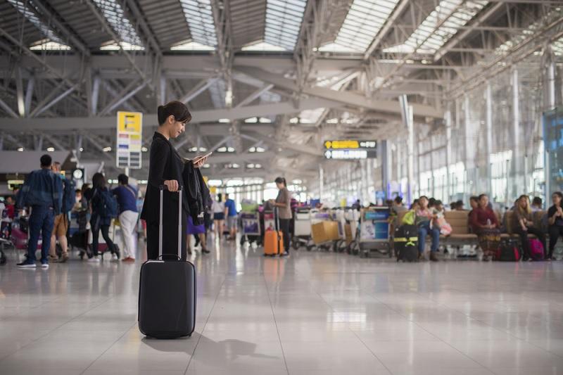 https: img.okezone.com content 2019 04 22 12 2046271 pulang-pergi-bandara-makin-terjamin-dengan-layanan-antar-jemput-bandara-traveloka-a7nFxN7JPs.jpg