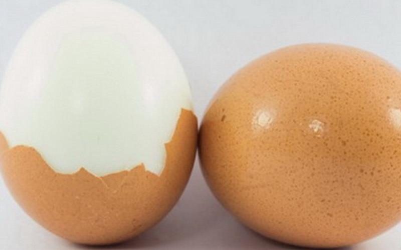 https: img.okezone.com content 2019 04 22 298 2046562 merebus-telur-agar-tak-pecah-ini-tipsnya-a9hDkdR9fB.jpg