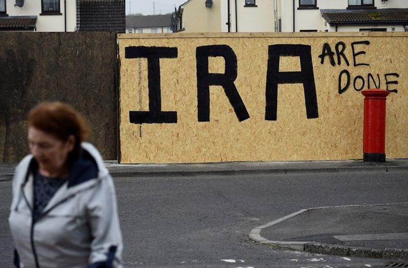 https: img.okezone.com content 2019 04 23 18 2047021 kelompok-militan-new-ira-maaf-atas-kematian-jurnalis-muda-irlandia-eCMPVwH3w8.jpg
