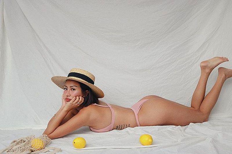 https: img.okezone.com content 2019 04 24 194 2047644 carina-linn-perawat-seksi-yang-doyan-foto-bikinian-Pc0c1O4oTl.jpg