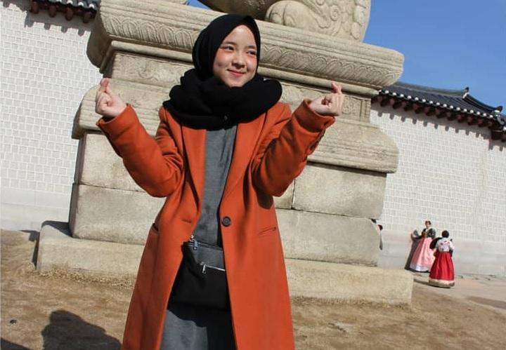https: img.okezone.com content 2019 04 26 205 2048418 jadwal-manggung-ramadan-padat-nissa-sabyan-jaga-kondisi-kesehatan-w33ot68WFK.jpg