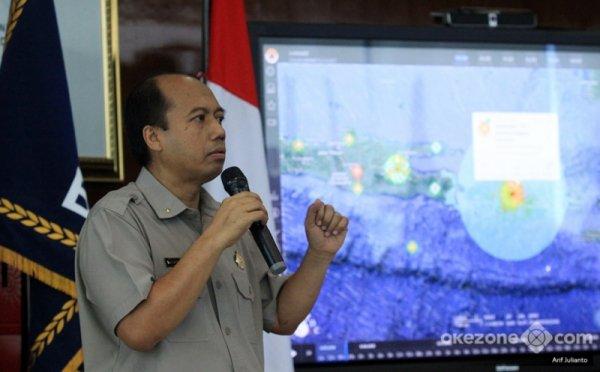 https: img.okezone.com content 2019 04 28 337 2049006 12-000-jiwa-mengungsi-akibat-bencana-banjir-longsor-di-bengkulu-jePT7h3qKP.jpg