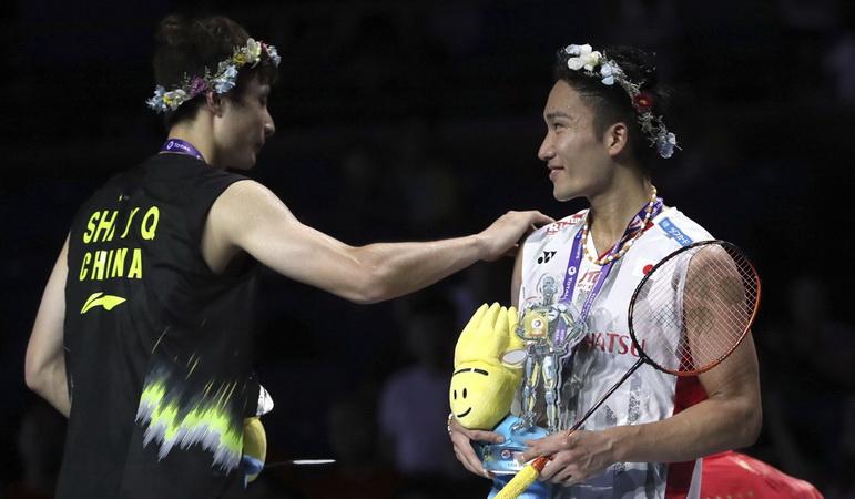 https: img.okezone.com content 2019 04 28 40 2049028 kento-momota-akui-shi-yuqi-rival-yang-tangguh-aYs4eIqc7T.jpg