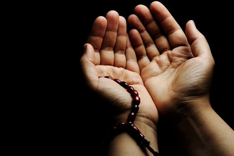 https: img.okezone.com content 2019 04 29 618 2049376 doa-agar-dilimpahkan-rezeki-dari-usia-muda-hingga-tua-vIyftkOc7G.jpg