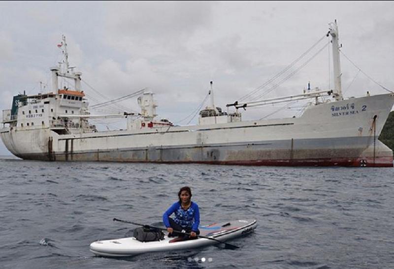 https: img.okezone.com content 2019 04 30 337 2049678 menteri-susi-akan-tenggelamkan-kapal-ilegal-vietnam-saat-meningkatnya-isu-anti-indonesia-di-medsos-TLNpnx1wDS.png
