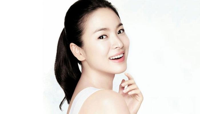 https: img.okezone.com content 2019 04 30 611 2049880 paling-banyak-dicari-di-google-produk-kecantikan-korea-makin-laris-KdpSL7cTfn.jpg