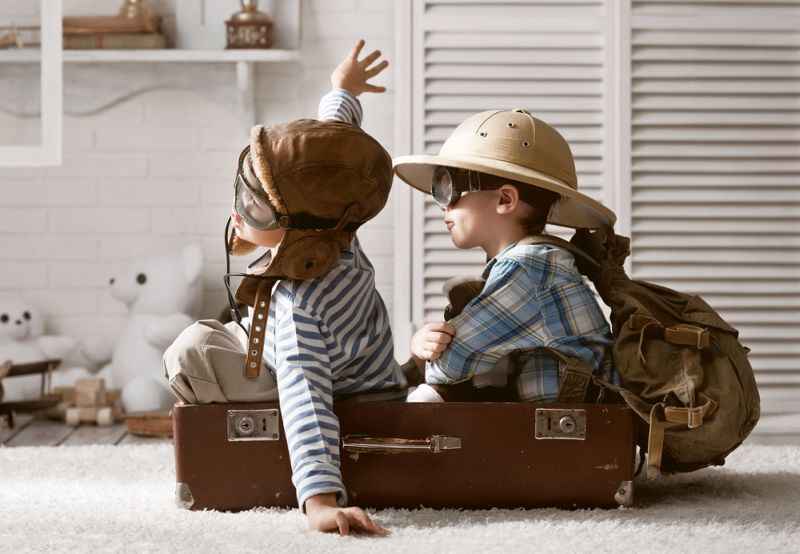 https: img.okezone.com content 2019 05 02 196 2050457 4-potret-kelakuan-anak-anak-yang-bikin-kita-senyum-senyum-sendiri-XTwuiZoNqH.jpg