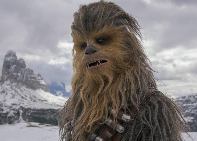 https: img.okezone.com content 2019 05 03 33 2050979 penggemar-star-wars-berduka-atas-meninggalnya-pemeran-chewbacca-kJKqvnPA6o.jpg