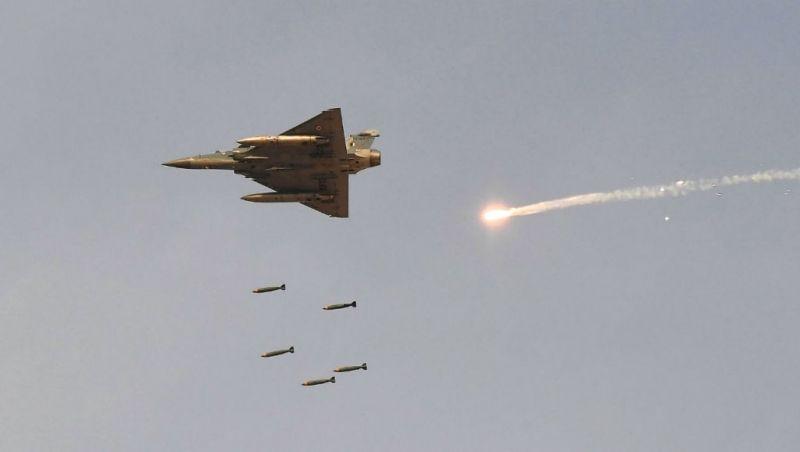 https: img.okezone.com content 2019 05 05 18 2051728 ditembakkan-roket-oleh-militan-gaza-israel-balas-dengan-serangan-udara-069SEu4uY2.jpg