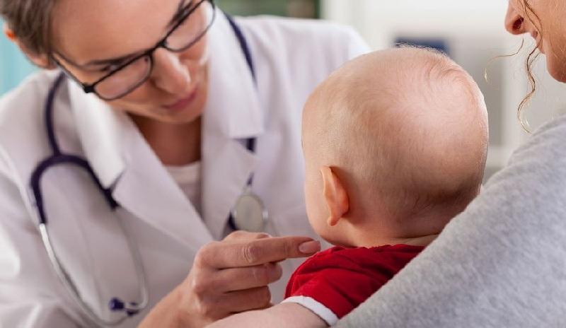 Pneumonia tersebut merupakan bentuk pneumonia yang sangat terlihat pada anak-anak dan orang dewasa.