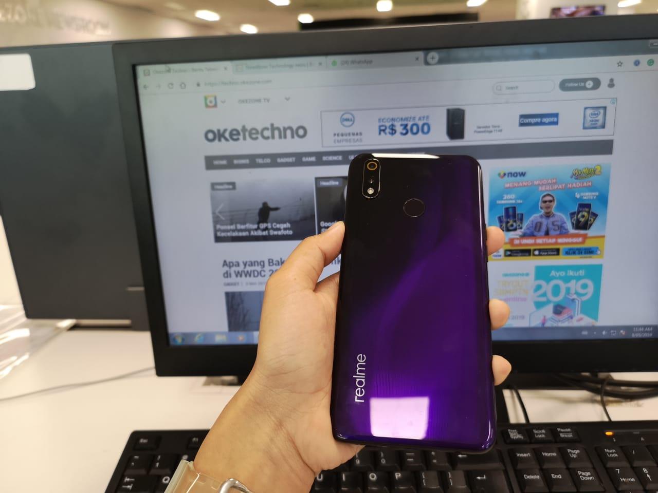 https: img.okezone.com content 2019 05 10 57 2054142 intip-5-rekomendasi-smartphone-terbaru-harga-rp2-jutaan-VXdlCNoYvK.jpeg