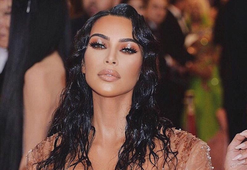 https: img.okezone.com content 2019 05 11 196 2054380 anak-keempatnya-telah-lahir-ini-kata-kim-kardashian-lxnT0kOSs4.jpg