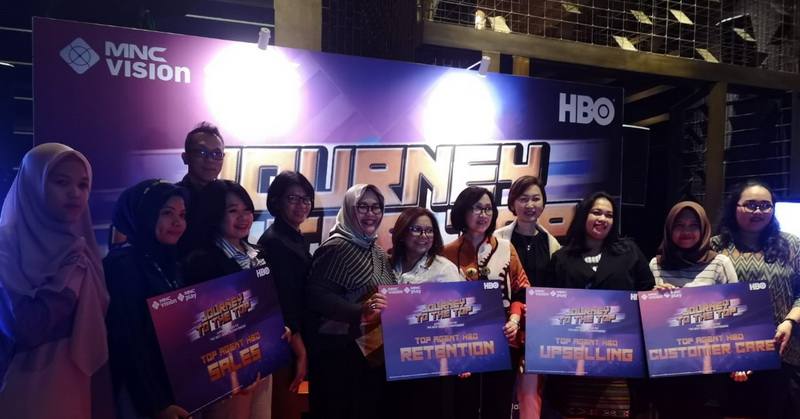 https: img.okezone.com content 2019 05 13 207 2055182 mnc-vision-dan-mnc-play-beri-apresiasi-kepada-sales-agent-journey-to-the-top-oy1KN3VbLa.jpg
