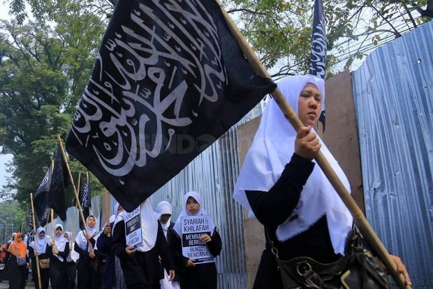 https: img.okezone.com content 2019 05 15 614 2055778 7-aliran-dalam-islam-mayoritas-masih-eksis-hingga-kini-0DMgPsDsgY.jpg