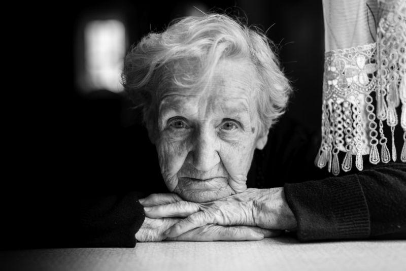 https: img.okezone.com content 2019 05 16 196 2056635 anak-ini-baru-bertemu-ibunya-ketika-dia-berusia-82-tahun-3rKpSG3Eyp.jpg