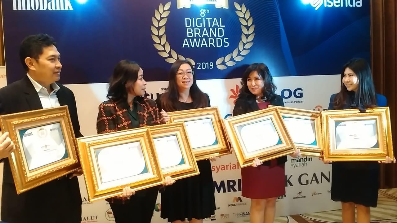 https: img.okezone.com content 2019 05 16 320 2056672 4-perusahaan-mnc-group-raih-infobank-digital-brand-awards-2019-ziKOrgkKgF.jpeg