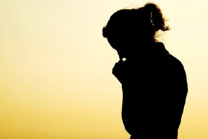 https: img.okezone.com content 2019 05 18 196 2057212 16-tahun-menikah-belum-dikaruniai-anak-sempat-hamil-tapi-saya-harus-ikhlas-mengembalikannya-pada-tuhan-dVh2LefncZ.jpg
