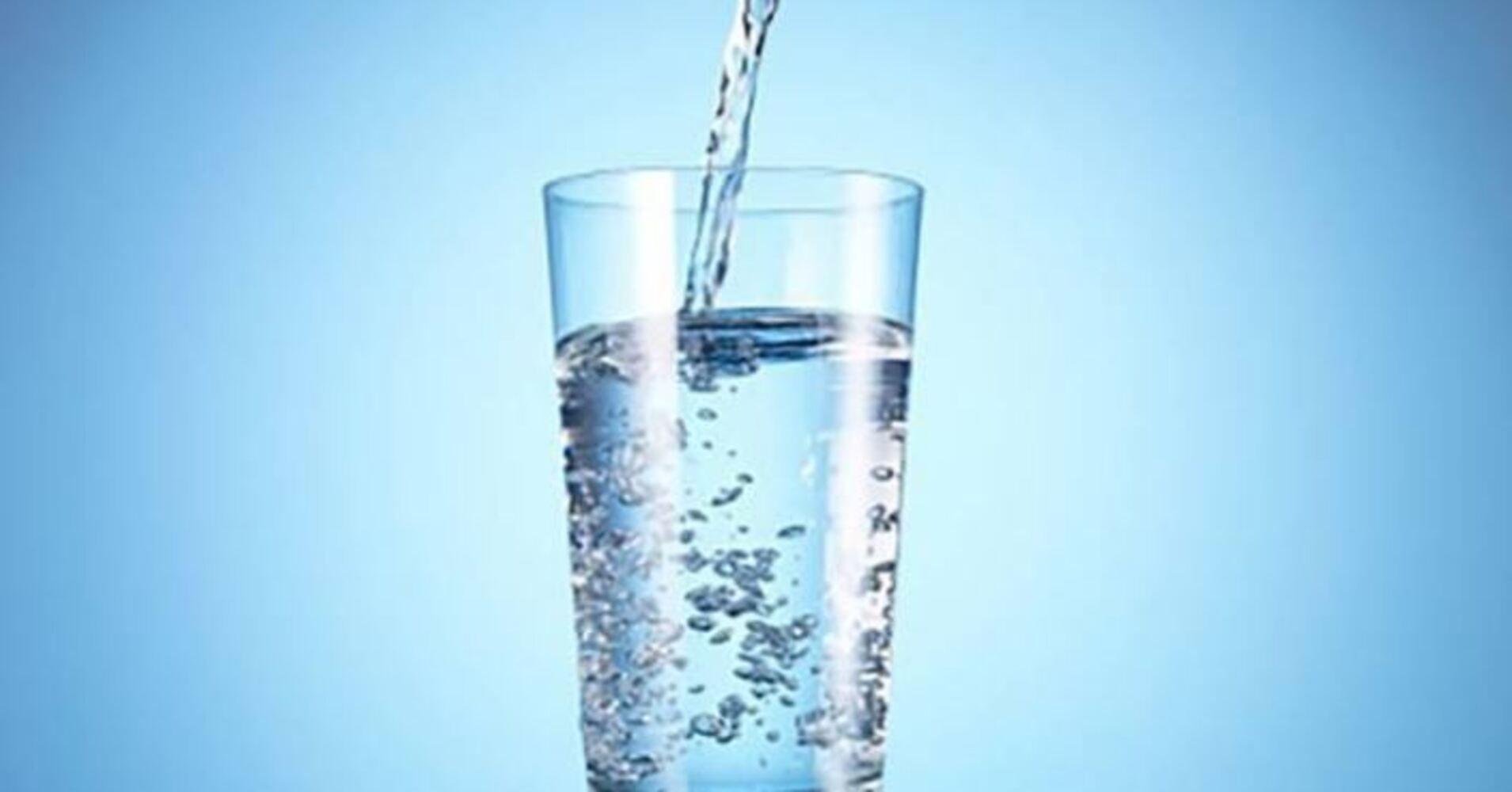 https: img.okezone.com content 2019 05 18 481 2057295 manfaat-air-hidrogen-untuk-kesehatan-pembuluh-darah-uOptZ6apxl.jpg