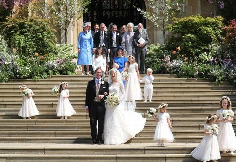 https: img.okezone.com content 2019 05 19 196 2057484 berbalut-gaun-putih-lady-gabriella-windsor-menikahi-thomas-kingston-XTyuD69Vh9.jpg