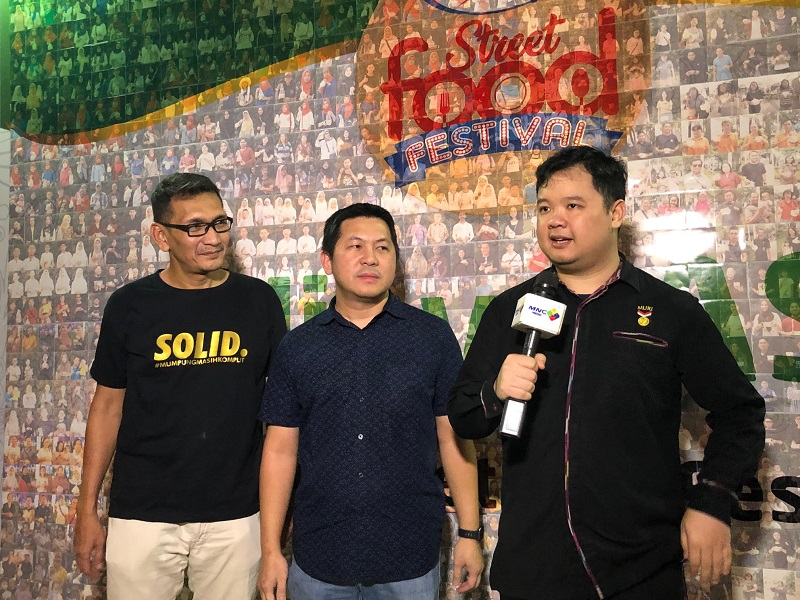 https: img.okezone.com content 2019 05 19 298 2057686 sasa-street-food-festival-2019-bersama-mnc-channels-sukses-manjakan-pencinta-kuliner-indonesia-Y7dO06DoCT.jpg
