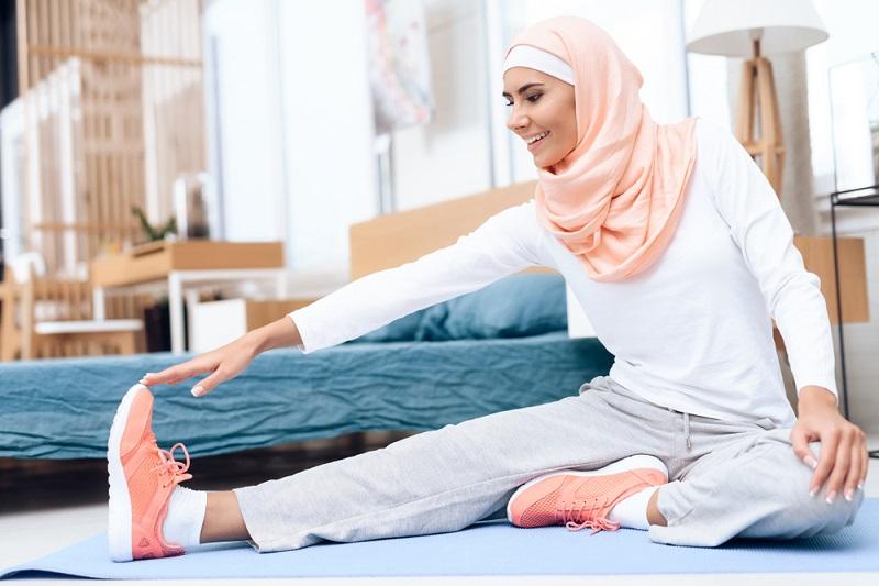 https: img.okezone.com content 2019 05 19 616 2057516 olahraga-cara-jitu-maksimalkan-kesehatan-saat-puasa-ramadan-FGHN0QYvfW.jpg