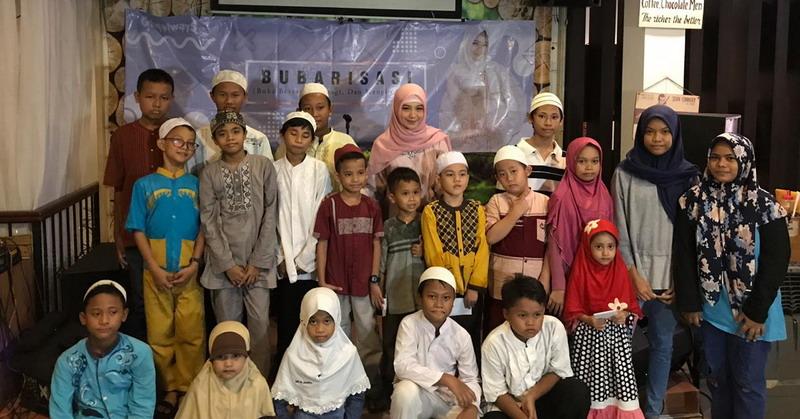 https: img.okezone.com content 2019 05 20 33 2057932 ghea-indrawari-ungkap-keinginan-mengenakan-hijab-27nY9WXFtM.jpg