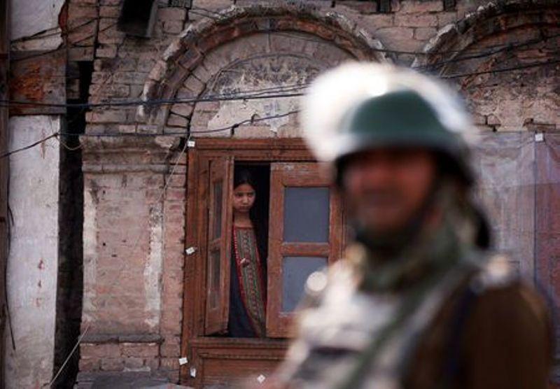 https: img.okezone.com content 2019 05 24 18 2060005 militan-paling-dicari-di-india-tewas-terbunuh-di-kashmir-d0QluT1ppW.jpg