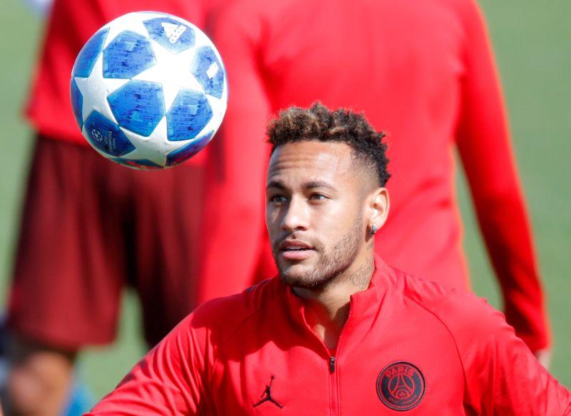 https: img.okezone.com content 2019 05 29 51 2061988 rivaldo-barcelona-wajib-beli-neymar-kembali-7ngFf2YxJn.jpg