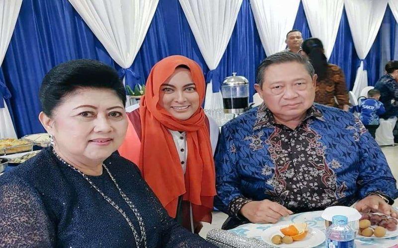 https: img.okezone.com content 2019 06 01 33 2062850 ani-yudhoyono-meninggal-dunia-jane-shalimar-kami-merindukanmu-memo-3WYs13x8LG.jpg