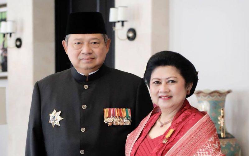 https: img.okezone.com content 2019 06 01 33 2062945 firasat-jane-shalimar-sebelum-ani-yudhoyono-meninggal-ZUiuGtrgcr.jpg