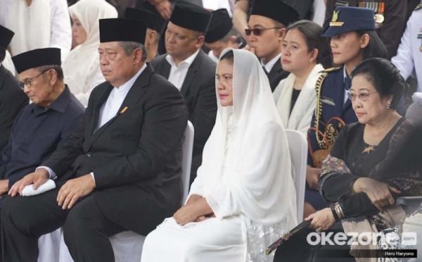https: img.okezone.com content 2019 06 03 337 2063417 ganjar-ungkap-momen-sby-salami-megawati-di-pemakaman-ani-yudhoyono-dXWMEuiDSp.jpg