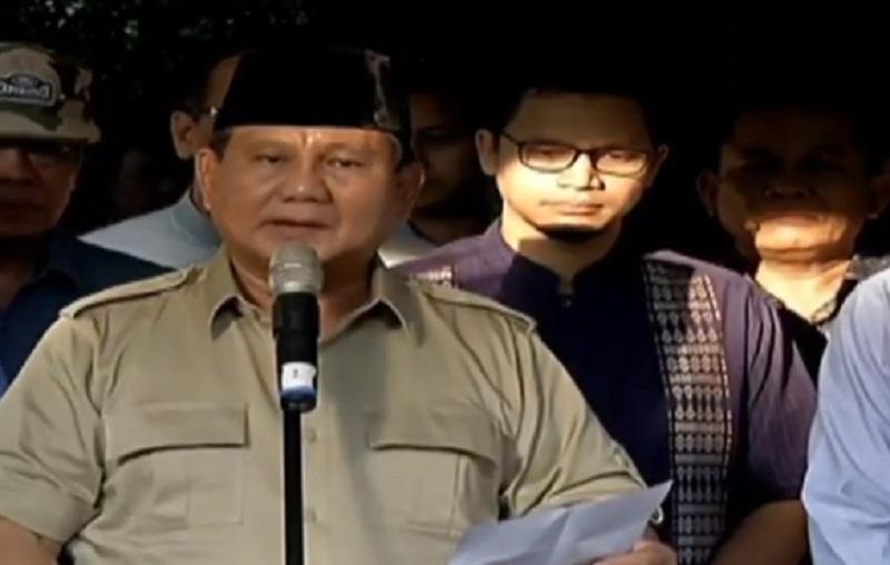 https: img.okezone.com content 2019 06 03 337 2063454 prabowo-ani-yudhoyono-istri-yang-mendukung-suaminya-cerdas-dan-sangat-loyal-2PmrF6fkIp.jpg