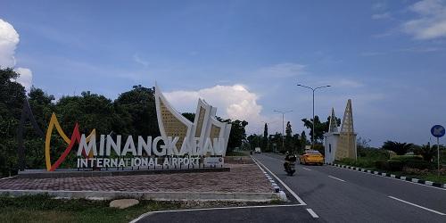 Tiket Jakarta Padang Rp1 6 Juta Penumpang Bandara Minangkabau Turun Okezone Economy