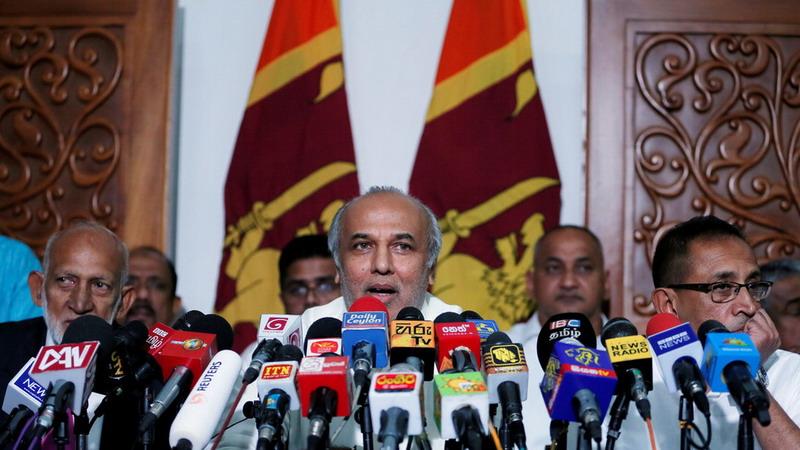 https: img.okezone.com content 2019 06 05 18 2063941 delapan-menteri-muslim-sri-lanka-mundur-setelah-rekannya-dituduh-dukung-teroris-yr8EOoi3Fu.jpg